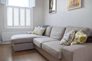 2 Bedroom Apartment Sleeps 3 in Battersea, Apartmány  Londýn - big - 5