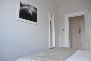 2 Bedroom Apartment Sleeps 3 in Battersea, Apartmány  Londýn - big - 8