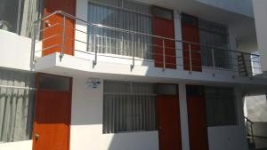 Hostal E&C, Penziony  Huanchaco - big - 13