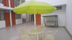 Hostal E&C, Penziony  Huanchaco - big - 12