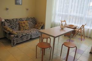 Апартаменты у Приморского Парка, Апартаменты  Ялта - big - 18