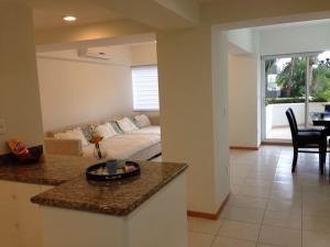 Luxury condo en Quintas del Mar II, Apartmanok  Mazatlán - big - 12