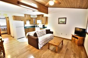 Peach Tree Inn & Suites, Hotely  Fredericksburg - big - 20