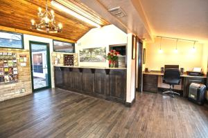 Peach Tree Inn & Suites, Hotely  Fredericksburg - big - 47