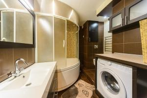 Apartment on Obolonskyi Avenue 28, Апартаменты  Киев - big - 14
