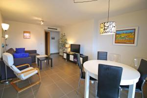 Holiday Apartment Borumbot, Apartments  Calpe - big - 8