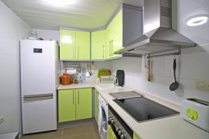 Holiday Apartment Borumbot, Apartments  Calpe - big - 9