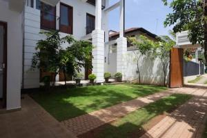 Rossmore Villa, Проживание в семье  Rajagiriya - big - 1