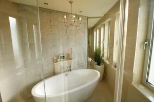 Apartments Marer, Apartments  Trogir - big - 40