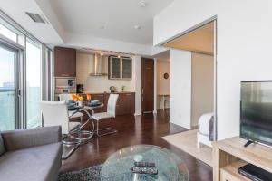 Premium Suites - Furnished Apartments Downtown Toronto, Apartmanok  Toronto - big - 71