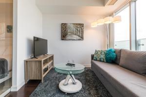 Premium Suites - Furnished Apartments Downtown Toronto, Apartmanok  Toronto - big - 40