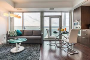 Premium Suites - Furnished Apartments Downtown Toronto, Apartmanok  Toronto - big - 1