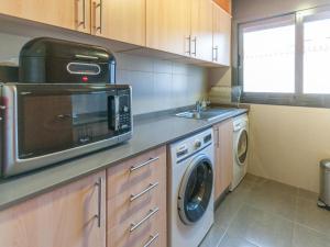 Bon Relax Flat 2, Ferienwohnungen  Sant Pere Pescador - big - 36