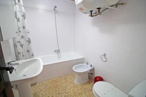 Holiday Apartment El Álamo, Апартаменты  Кальпе - big - 17