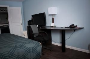 Econo Lodge Inn & Suites South Sandusky, Hotels  Sandusky - big - 57