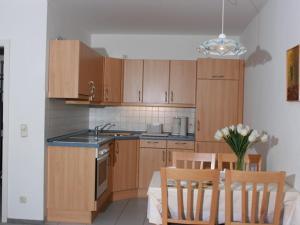 Villa Döser Strand, Апартаменты  Куксхафен - big - 19