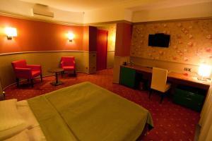 Отель Road Star - фото 2