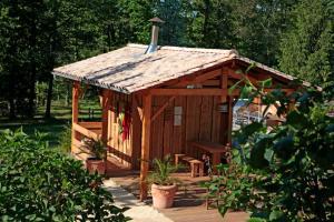 Camping Naturiste Terme d'Astor, Kempingy  Saint-Avit-Rivière - big - 8