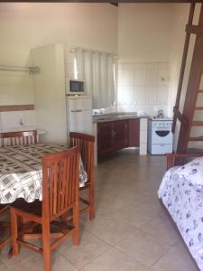 Residencial Cid, Vendégházak  Florianópolis - big - 22