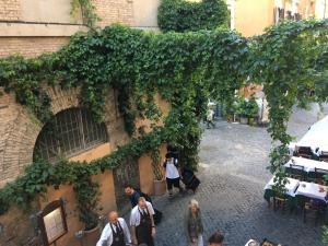 4BROS Appartamento Trastevere/45, Апартаменты  Рим - big - 19