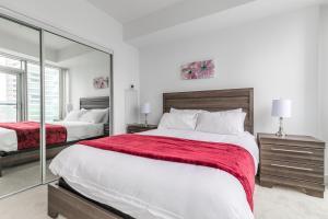 Premium Suites - Furnished Apartments Downtown Toronto, Apartmanok  Toronto - big - 112