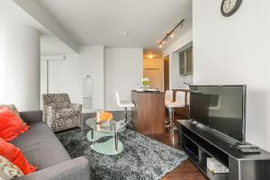 Premium Suites - Furnished Apartments Downtown Toronto, Apartmanok  Toronto - big - 97