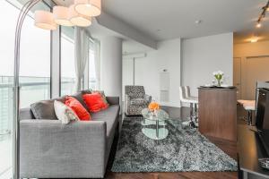 Premium Suites - Furnished Apartments Downtown Toronto, Apartmanok  Toronto - big - 41