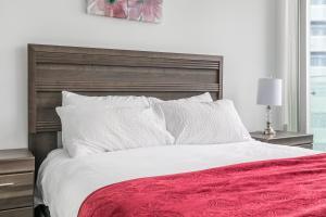 Premium Suites - Furnished Apartments Downtown Toronto, Apartmanok  Toronto - big - 43