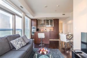 Premium Suites - Furnished Apartments Downtown Toronto, Apartmanok  Toronto - big - 141