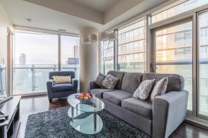 Premium Suites - Furnished Apartments Downtown Toronto, Apartmanok  Toronto - big - 74