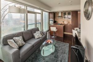 Premium Suites - Furnished Apartments Downtown Toronto, Apartmanok  Toronto - big - 72