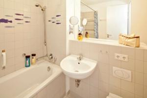 Forum Marinar_ Whg_ 24, Apartments  Bansin - big - 6