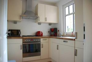 Neue Villa Ernst 02, Apartments  Bansin - big - 3