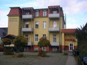 Residenz Bellevue Whg_ 13, Apartments  Bansin - big - 1