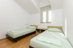 Apartments Vinko, Appartamenti  Brodarica - big - 39