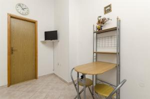 Apartments Vinko, Appartamenti  Brodarica - big - 43