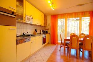 Strandoase_ Whg_ 22, Apartments  Bansin - big - 8