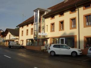 Centre Chrétien La Grange, Guest houses  Auberson - big - 50