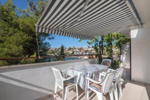 Apartments Dane, Ferienwohnungen  Trogir - big - 60