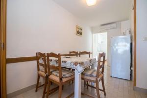 Apartments Dane, Ferienwohnungen  Trogir - big - 70