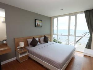 BBG Seaside Luxurious Service Apartment