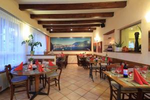 Osteria Ticino, Hotels  Ascona - big - 70