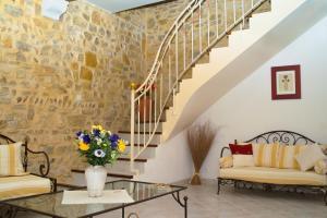 Loca-Moulins, Holiday homes  Saze - big - 1