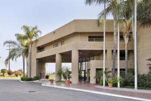 obrázek - Travelodge Commerce Los Angeles Area