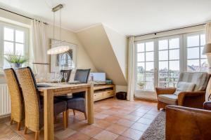 _Carolin_ App_ 3_ OG_ links, Apartmány  Wenningstedt - big - 35
