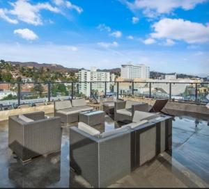 Luxury Penthouse On Hollywood Blvd