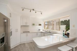 BEST OF BURLEIGH HEADS (250m to beach), Ferienhäuser  Gold Coast - big - 6