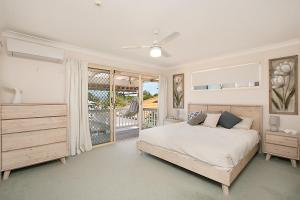 BEST OF BURLEIGH HEADS (250m to beach), Ferienhäuser  Gold Coast - big - 8