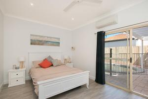 BEST OF BURLEIGH HEADS (250m to beach), Ferienhäuser  Gold Coast - big - 9