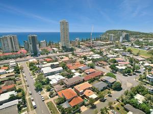 BEST OF BURLEIGH HEADS (250m to beach), Ferienhäuser  Gold Coast - big - 2